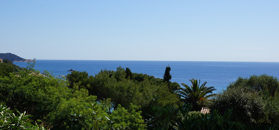 RAMATUELLE - Maison avec belle vue mer